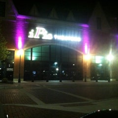 Photo taken at IPic Theaters South Barrington by Joe O. on 6/30/2012