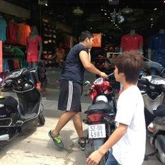 Photo taken at Nike Hai Bà Trưng by Guru L. on 7/8/2012