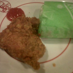Photo taken at KFC by Halief A. on 8/8/2012