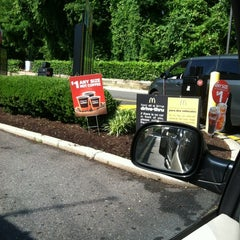 Photo taken at McDonald's by Syretha D. on 5/24/2012