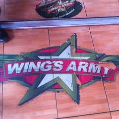 Photo taken at Wings Army by Rodrigo Z. on 6/27/2012