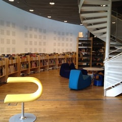 Photo taken at Malmö Stadsbibliotek by Stella S. on 7/17/2012