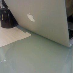 Photo taken at Apple Store BEC™ by Dennis C. on 5/19/2012