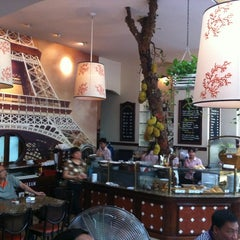 Photo taken at Paris Deli by Vincent N. on 5/5/2012