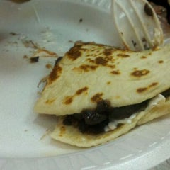 Photo taken at Yummy Taco by Eric D. on 2/29/2012