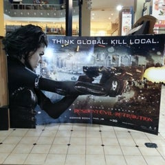 Photo taken at Golden Screen Cinemas (GSC) by Kenn on 8/23/2012