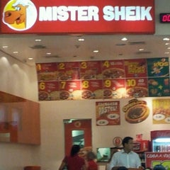Photo taken at Mister Sheik by Roberto O. on 4/3/2012