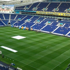 Photo taken at Estádio do Dragão by Carlos M. on 8/4/2012