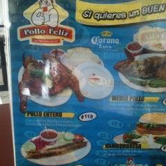 Photo taken at Pollo Feliz by Arturo R. on 7/6/2012