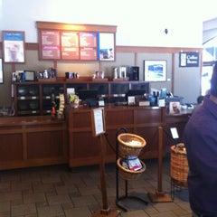 Photo taken at Peet's Coffee & Tea by Giordano on 7/16/2012