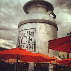 Photo taken at Little Man Ice Cream by Jonas W. on 8/30/2012