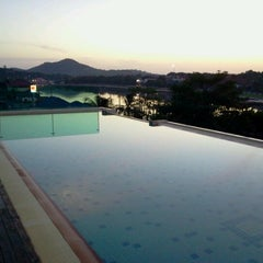 Photo taken at FX FURAMA RESORT CHAWENG by วรวุฒิ จ. on 6/24/2012