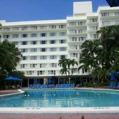 Photo taken at Four Points by Sheraton Miami Beach by Amanda R. on 9/8/2012