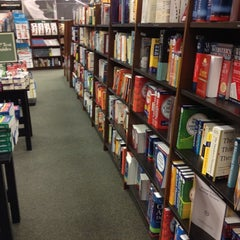 Photo taken at Barnes & Noble by kMcDiva on 7/10/2012