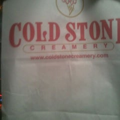 Photo taken at Cold Stone Creamery by Deejay on 4/19/2012