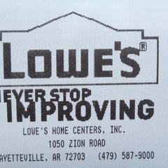 Photo taken at Lowe's Home Improvement by Jared I G. on 6/1/2012