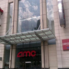 Photo taken at AMC River East 21 by Nicholas A. on 3/22/2012
