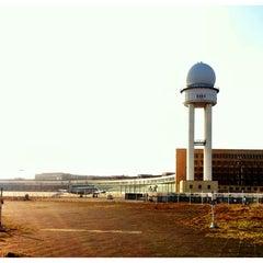 Photo taken at Tempelhofer Park by ☀️ Dagger on 3/24/2012