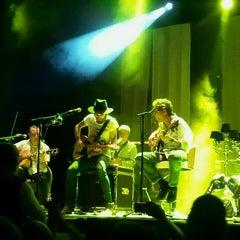 Photo taken at Teatro Arteria Coliseum by Yolanda B. on 5/14/2012
