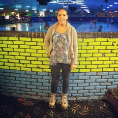 Photo taken at Dreamland Skate Center by Ryan L. on 4/22/2012