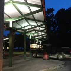 Photo taken at SONIC Drive In by Dr. T R. on 7/4/2012