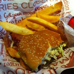 Photo taken at Red Robin Gourmet Burgers by Tiffany B. on 5/26/2012