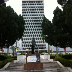 Photo taken at Parliament of Malaysia by Dil H. on 8/27/2012