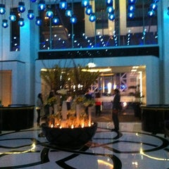 Photo taken at W Doha Hotel & Residences by Fran P. on 3/19/2012