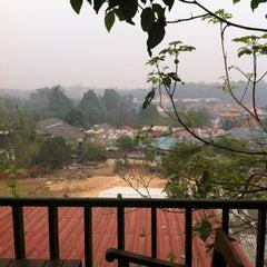 Photo taken at ภูตะวันรีสอร์ท by Puripus W. on 3/21/2012