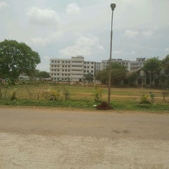 Photo taken at Shree Balaji Medical College and Hospital by Sathish R. on 4/24/2012