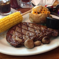 Photo taken at Texas Ribs® by Worgen C. on 7/21/2012