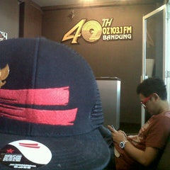 Photo taken at 103.1 FM - OZ Radio Bandung by Tito G. on 8/14/2012