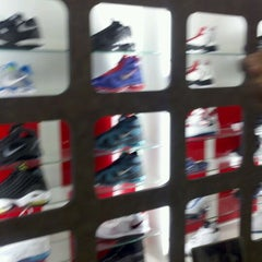 Photo taken at Villa Clothing Store by Kenyatta C. on 3/16/2012