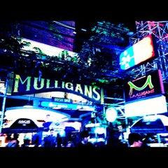 Photo taken at Mulligan's Irish Bar by ROTE S. on 7/7/2012