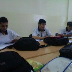Photo taken at Adira Finance (Bandung 2) by Chand t. on 5/23/2012
