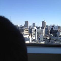 Photo taken at ヤマハミュージックアベニュー新宿クラッセ by Ichiro S. on 2/12/2012