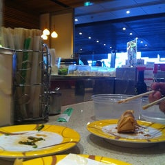 Photo taken at Sushi Bay by Lauren M. on 5/25/2012