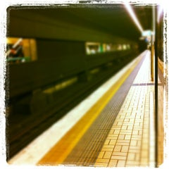 Photo taken at Town Hall Station (Platform 3) by Niel I. on 6/19/2012
