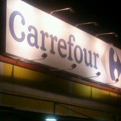 Photo taken at Carrefour by Didin W. on 3/19/2012