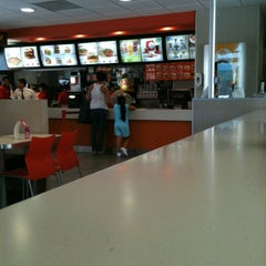 Photo taken at McDonald's by iEdgar F. on 8/9/2012