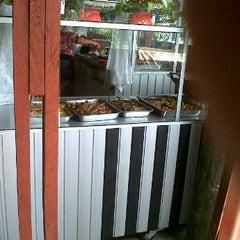 Photo taken at Rumah Makan Juma Jambu by Natan N. on 3/28/2012