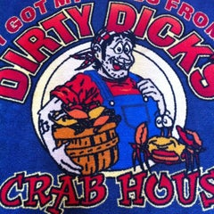 Photo taken at Dirty Dick's Crab House by Bryan F. on 4/7/2012