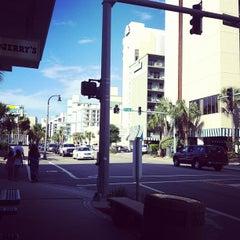 Photo taken at Starbucks by Marina Y. on 6/6/2012