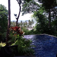 Photo taken at Phi Phi Island Village by Boomer J. on 4/17/2012