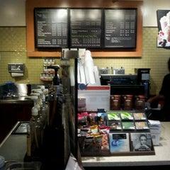 Photo taken at Starbucks by Wei G. on 6/12/2012