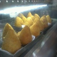 Photo taken at BH Lanches by Reinaldo M. on 2/11/2012