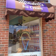 Photo taken at Mitchell's Ice Cream by Emily L. on 7/6/2012