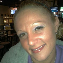 Photo taken at Buffalo Wild Wings by *~LiL' HeatheR P. on 7/21/2012