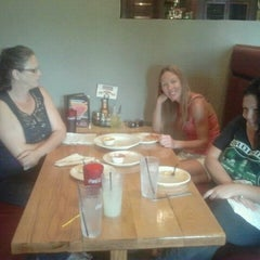 Photo taken at Glass Nickel Pizza by Robert S. on 8/25/2012