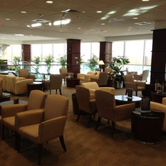 Photo taken at United Club - Terminal E by Steven P. on 2/11/2012
